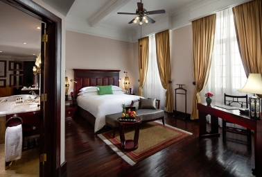 hotel-metropole-hanoi-luxury-room